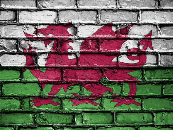 Welsh flag painted on brick wall